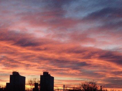 FOTKA - obloha opäť ako v ohni