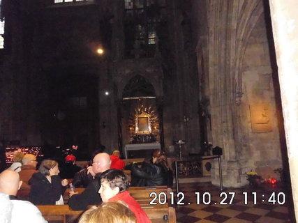 FOTKA - zájezd do Vídně 60, uvnitř katedrály