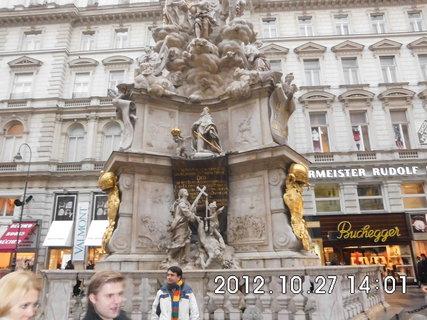 FOTKA - zájezd do Vídně 72, sloup
