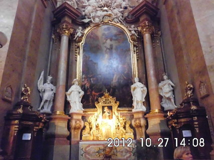 FOTKA - zájezd do Vídně 78, uvnitř kostela Sv. Petra