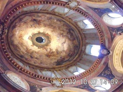 FOTKA - zájezd do Vídně 80, uvnitř kostela Sv. Petra