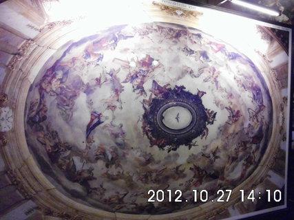 FOTKA - zájezd do Vídně 81, uvnitř kostela Sv. Petra