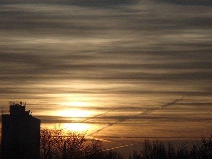 FOTKA - dnešný východ slnka 11.01.2013b