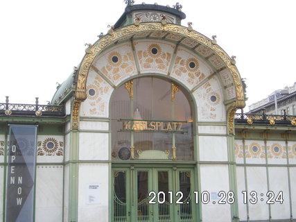 FOTKA - zájezd do Vídně 198, Karlsplatz
