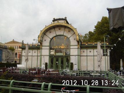 FOTKA - zájezd do Vídně 200, Karlsplatz