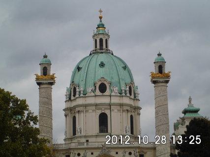 FOTKA - zájezd do Vídně 201, Karlskirche