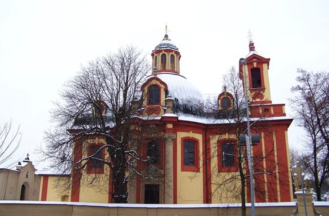FOTKA - 17.1.2013, zasněžený kostel Kunratice