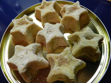 FOTKA - ořechové košíčky ve tvaru hvězdiček