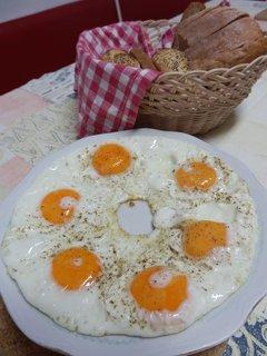 FOTKA - snídaně :-)  ale ne pro jednoho :-)