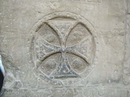 FOTKA - kříž - výzdoba sloupů