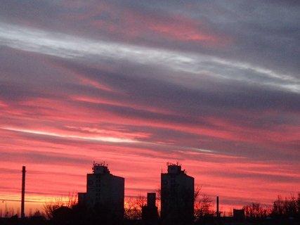 FOTKA - červená obloha