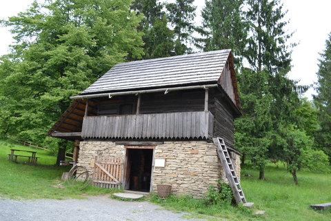 FOTKA - Valašská dědina - kovárna