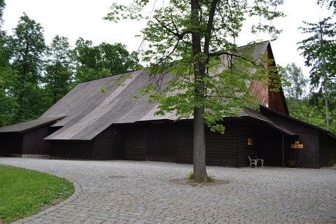 FOTKA - Janíkova stodola, divadelní a kongresový sál