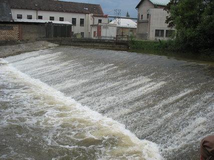 FOTKA - jez - je hodně vody