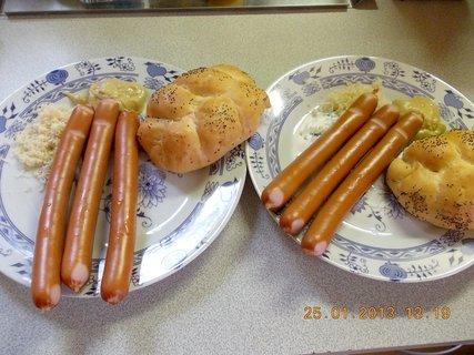 FOTKA - 25.ledna-13-párky, rychlovka oběd