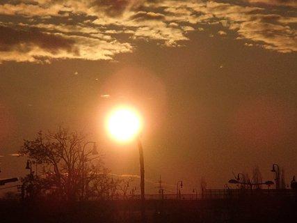 FOTKA - východ slnka 04.02.2013a
