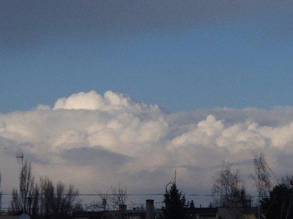 FOTKA - včerajšie mraky.