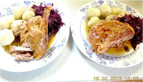 FOTKA - 13.2. - 16.2. - 24 - pečená kachna domácí, br.knedlík a červ. zelí