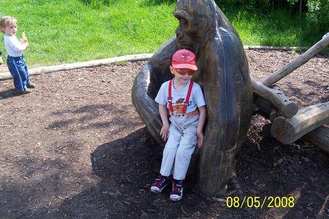FOTKA - Domík a gorila - květen 2008