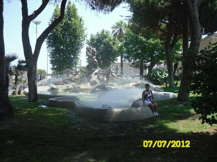 FOTKA - fontána