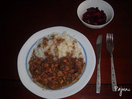 FOTKA - játra na slanině s rýží, domácí zavařená červená řepa