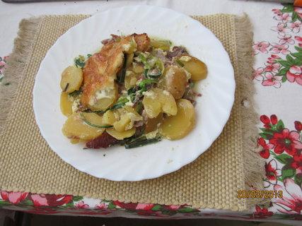 FOTKA - Zapečené brambory na oběd