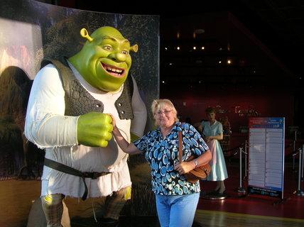 FOTKA - Při setkání se Shrekem v Holywoodu