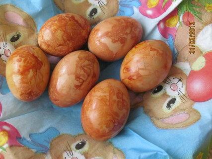 FOTKA - Dnešní obarvená vajíčka