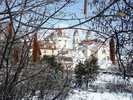 FOTKA - Velikonoce 2013-pohled na kostel -Valtice