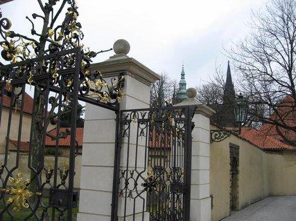 FOTKA - Královská zahrada v dubnu 1