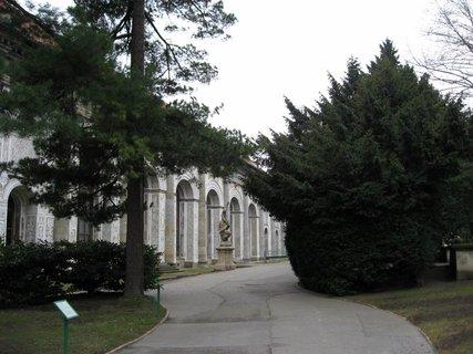 FOTKA - Královská zahrada v dubnu 15