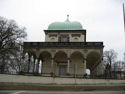 FOTKA - Královská zahrada v dubnu 25