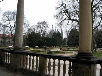 FOTKA - Královská zahrada v dubnu 47