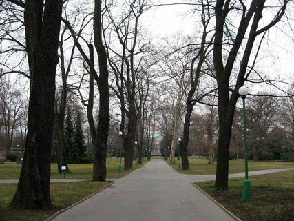 FOTKA - Královská zahrada v dubnu 56