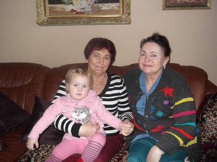 FOTKA - Moje pravnoučata na návštěvě u tety Janičky 1