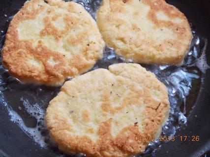 FOTKA - 8.4. - 9.4. - 22 - bramborové placky- moje, já ráda vše světlé