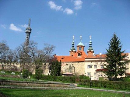 FOTKA - Jaro na Petříně