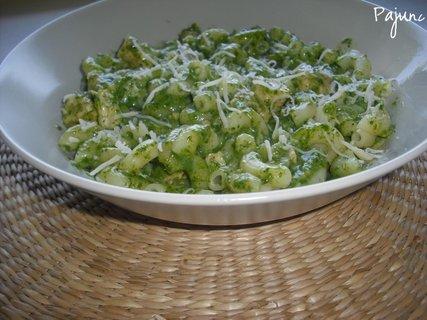 FOTKA - těstoviny se špenátovou omáčkou s kuřecím masem