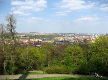 FOTKA - Jarní Petřín 15