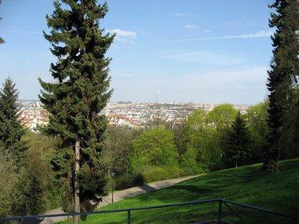 FOTKA - Jarní Petřín 20