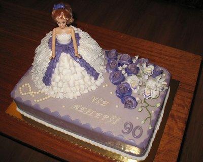 FOTKA - Fialkový dort s panenkou2