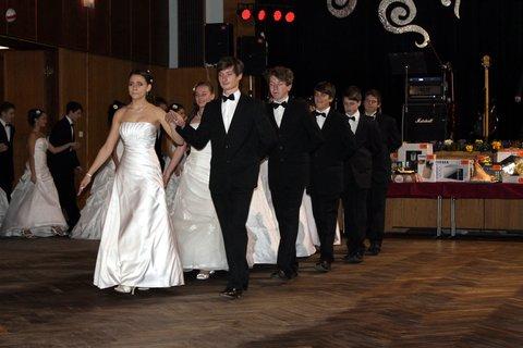 FOTKA - Spole�ensk� ples 6