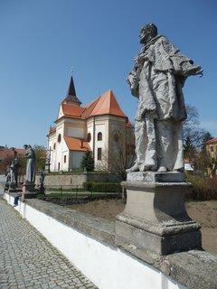 FOTKA - sochy na kamenném mostě v Náměšti n/Oslavou