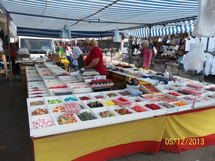 FOTKA - La Manga .. prodejce na trhu