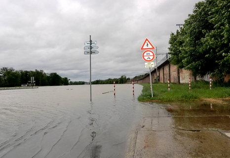 FOTKA - Od Prahy čekáme velkou vodu