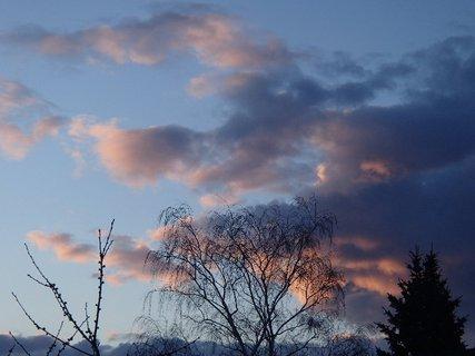FOTKA - obloha pred večerom