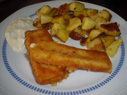 FOTKA - smažený sýr a opékané brambory