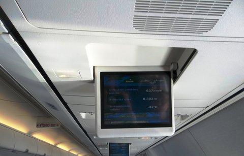 FOTKA - letado zpomaluje a klesá
