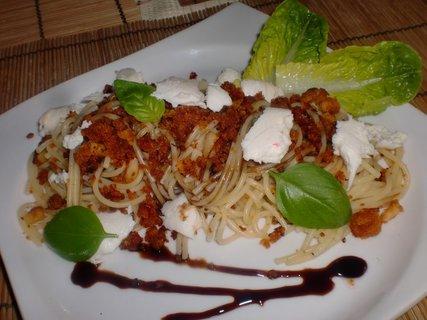 FOTKA - Špagety s letní drobenkou
