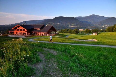 FOTKA - hotel na golfu